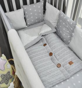 Вязаные вещи для новорожденных