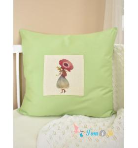 Декоративная подушка Девочка с цветком